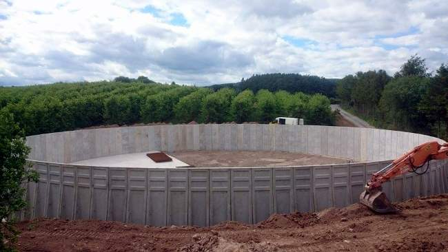 Sealwall tank panels from Whites Concrete for new AD plant