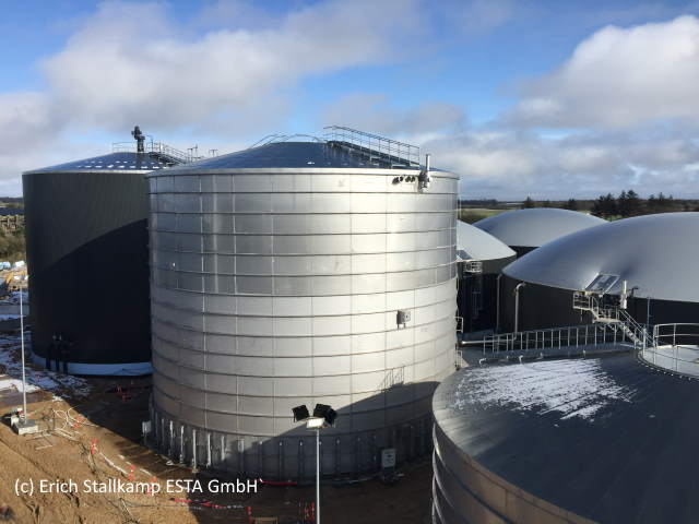 Mega tall biogas tanks by Stallkamp for food processor.