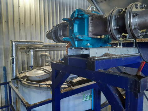 Image shows the Borger-Multicrusher in use at the Creed Waste Facility.